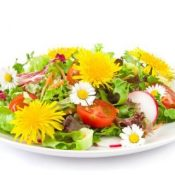Depurazione naturale: metti i fiori nella tua dieta!