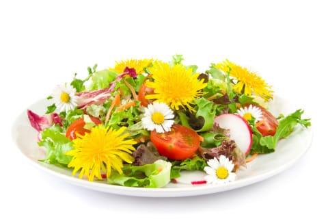 depurazione naturale: cucinare con i fiori