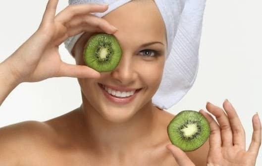 depurare la pelle con le maschere