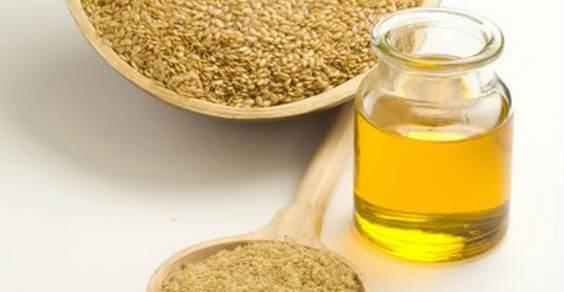 Olio di semi di lino benefici e preparazione fatta in casa