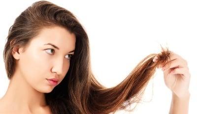 Olio di mandorle dolci per rinforzare i capelli sfibrati