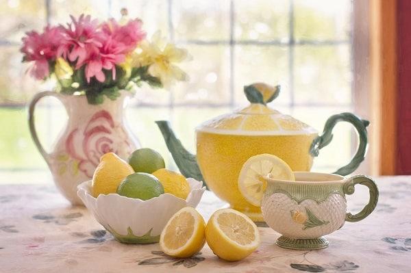 acqua e limone nemici della distrazione