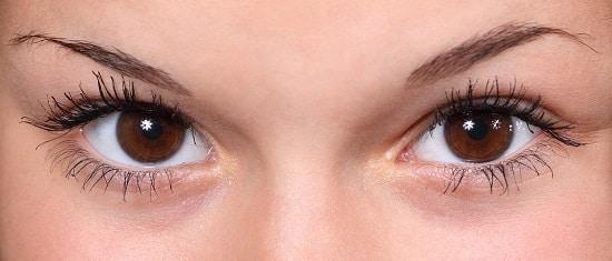 5 Trucchi per prevenire l'acne negli adulti