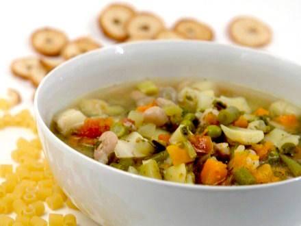 Dieta del minestrone brucia grassi cosa mangiare