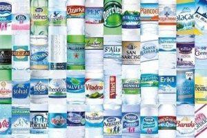 Quale acqua scegliere in bottiglia: residuo fisso, gravidanza e oligominerale